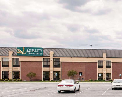 Hotel exterior | Quality Inn & Suites Greenfield I-70