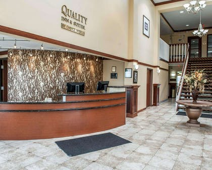 Front desk with friendly staff | Quality Inn & Suites Greenfield I-70