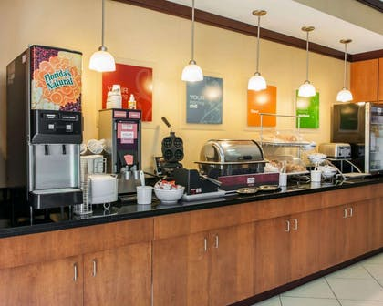 Assorted breakfast items | Comfort Suites Southport