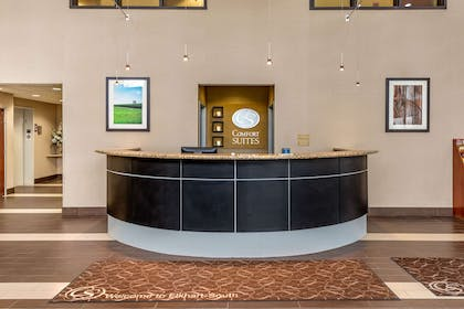 Front desk | Comfort Suites South