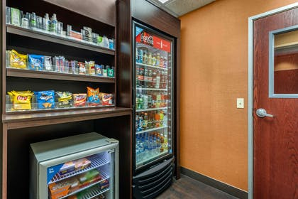 Hotel vending area | Comfort Suites South