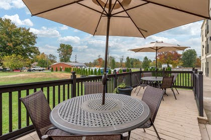 Patio | Comfort Inn
