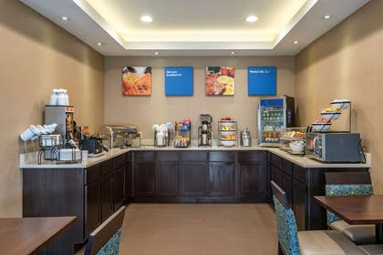 Assorted breakfast items | Comfort Inn