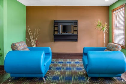 Business center | Quality Inn & Suites Bedford West