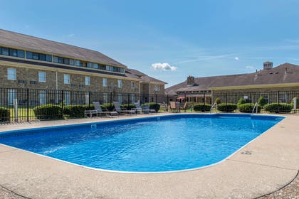 Outdoor pool | Quality Inn & Suites Bedford West