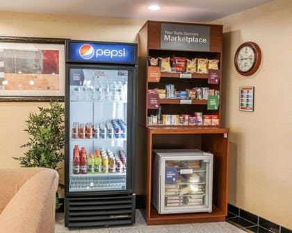Hotel marketplace | Comfort Suites near Indianapolis Airport