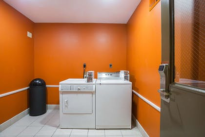 Guest laundry facilities | Clarion Inn & Suites