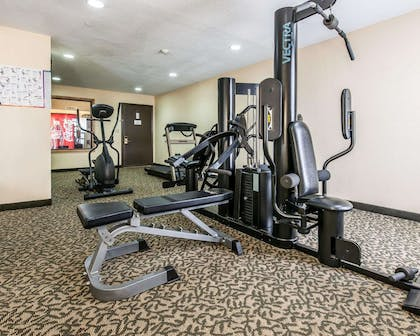 Fitness center | Quality Inn & Suites Shelbyville I-74