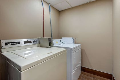 Guest laundry facilities   Comfort Inn South