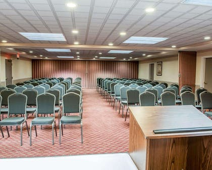 Meeting room with classroom-style setup | Comfort Suites South