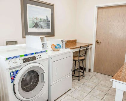 Guest laundry facilities | Comfort Suites South