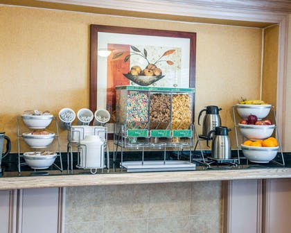 Assorted breakfast items | Comfort Suites South