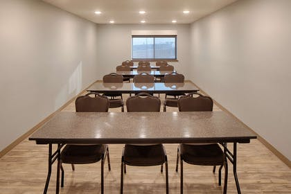 Meeting Classroom | Red Lion Inn & Suites Boise Airport