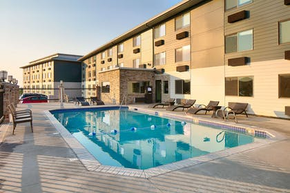 Pool | Red Lion Inn & Suites Boise Airport