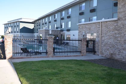 Pool Area | Red Lion Inn & Suites Boise Airport