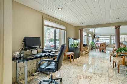 Business center | Quality Inn & Suites Northampton-Amherst