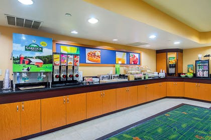 Spacious breakfast area | Quality Inn Boston-Revere