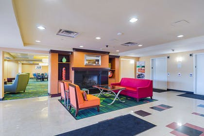 Spacious lobby with sitting area | Quality Inn Boston-Revere