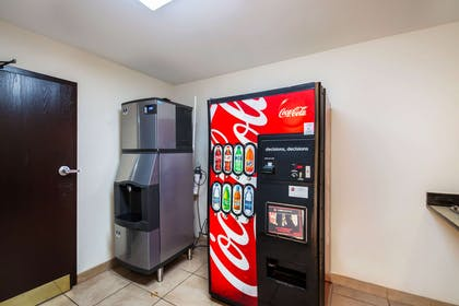Hotel vending area | Quality Inn