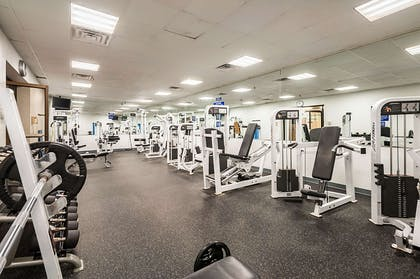Fitness center weight room | Clarion Resort Fontainebleau Hotel - Oceanfront