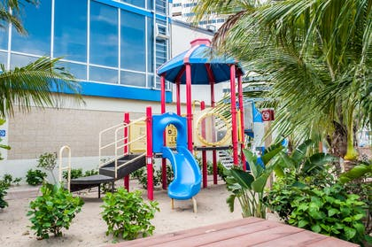 Hotel playground area | Clarion Resort Fontainebleau Hotel - Oceanfront