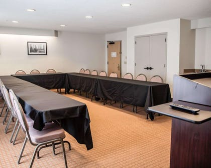 Banquet room | Sleep Inn & Suites Edgewood Near Aberdeen Proving Grounds