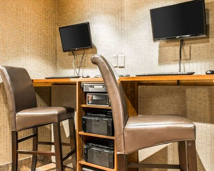 Business center | Comfort Inn & Suites and Conference Center
