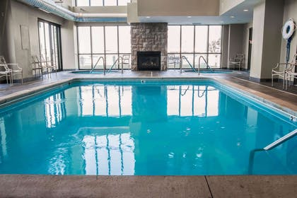 Indoor pool with two hot tubs | Shoreline Inn & Conference Center an Ascend Collection Hotel