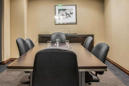 Conference room | Shoreline Inn & Conference Center an Ascend Collection Hotel