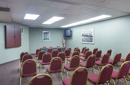 Event space | Quality Suites Lansing