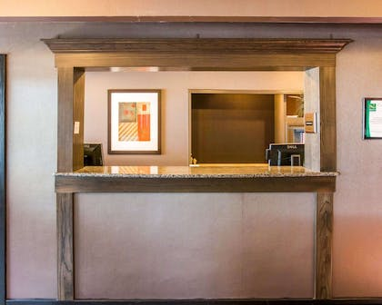 Front desk | Quality Inn & Suites Next to the Casino