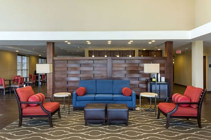Lobby | Comfort Suites and Conference Center