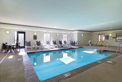 Indoor pool | Comfort Suites and Conference Center