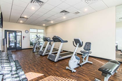 Fitness center | Mainstay Suites