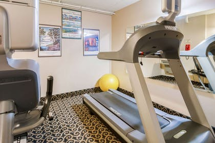 Fitness center | Econo Lodge Near Miller Hill Mall