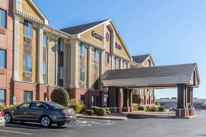 Hotel exterior | Comfort Suites St Charles-St Louis