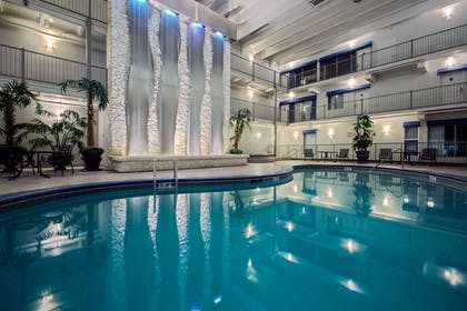 Indoor pool | Quality Inn Branson - Hwy 76 Central