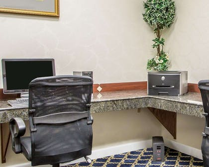 Business center with free wireless Internet access | Comfort Suites Jefferson City