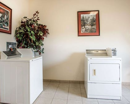 Guest laundry facilities | Comfort Suites Jefferson City