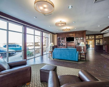 Spacious lobby with sitting area | Comfort Suites Columbia - University Area