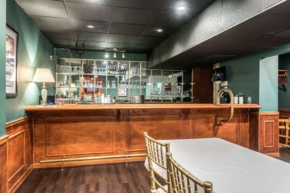 Hotel bar | Hotel Bothwell Sedalia Central District, Ascend Hotel Collection