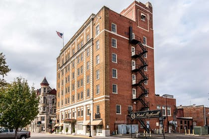 Hotel exterior   Hotel Bothwell Sedalia Central District, Ascend Hotel Collection