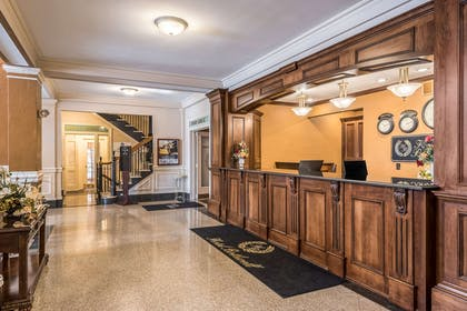 Front desk   Hotel Bothwell Sedalia Central District, Ascend Hotel Collection