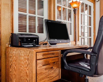 Business center with free wireless Internet access | Quality Inn & Suites Kansas City Airport North