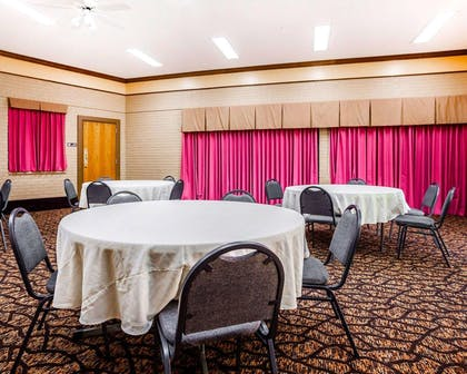 Event space | Quality Inn & Suites Kansas City Airport North