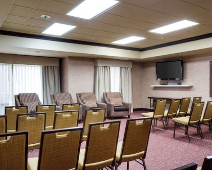Meeting room with theater-style setup | Comfort Suites Starkville