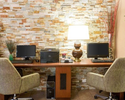 Business center with high-speed Internet access | Comfort Suites Starkville