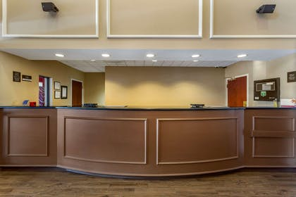 Hotel lobby | Comfort Suites Southaven I-55