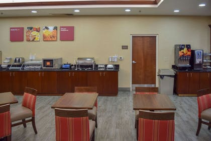 Spacious breakfast area | Comfort Suites Olive Branch West