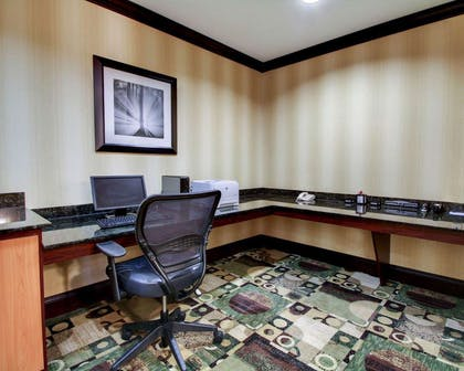 Business center with high-speed Internet access | Comfort Suites Vicksburg